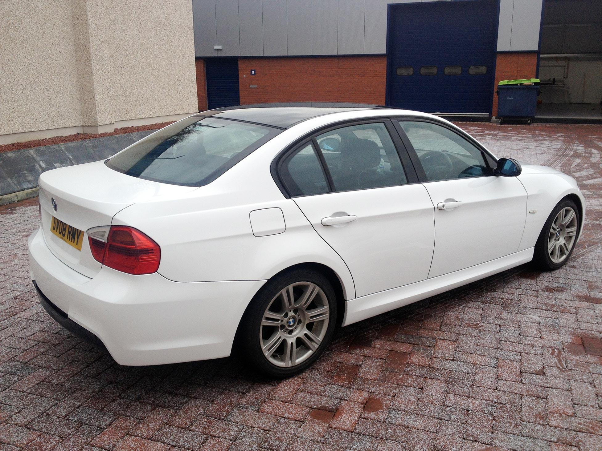 Gloss White Vinyl Wrap On BMW 3 Series Saloon